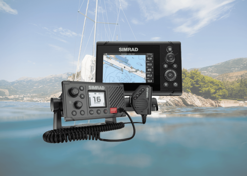 Simrad Cruise 5 and RS20S VHF Bundle